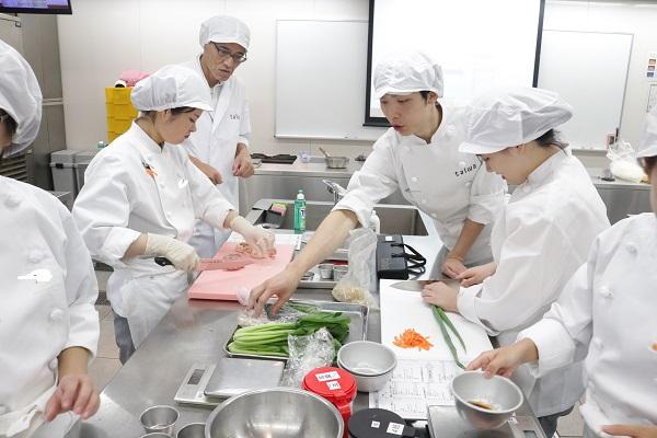 指導 京都栄養医療専門学校