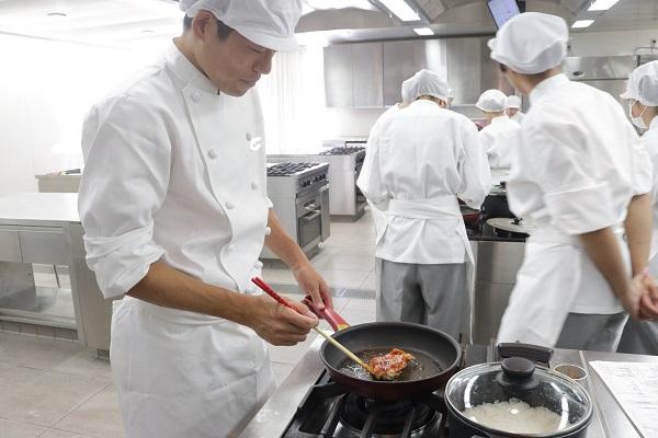 鶏肉 京都栄養医療専門学校