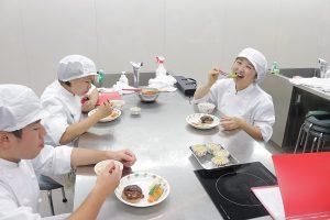 試食 京栄校