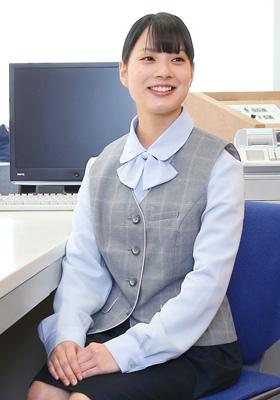 木下 理沙さん(滋賀県/大津商業高校出身)